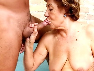 granny anal old & young